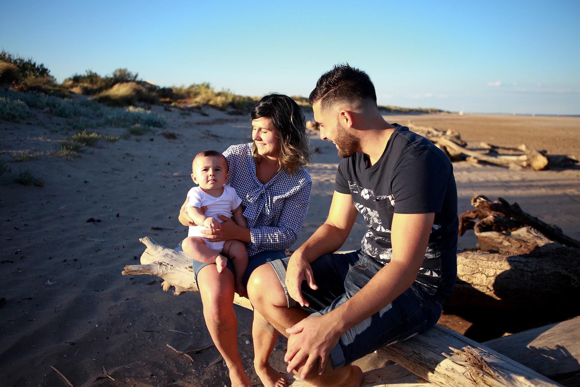 photographe-famille-bebe-plage-ameliecorneille-valras-serignan-herault