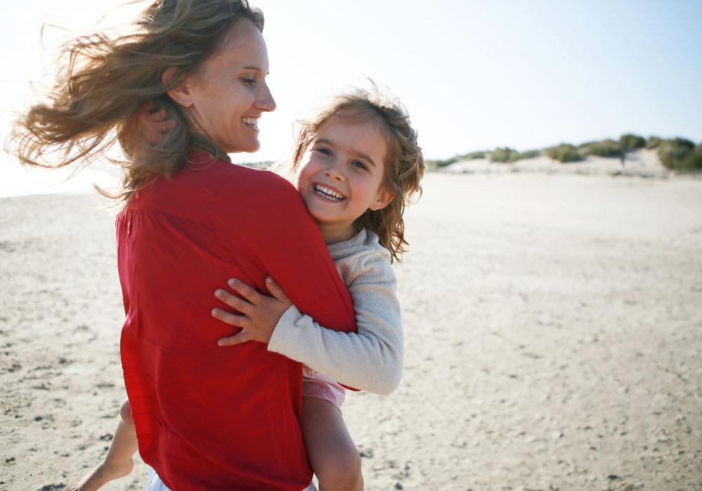 photographe-famille-plage-montpellier-occitanie-mediterrannee