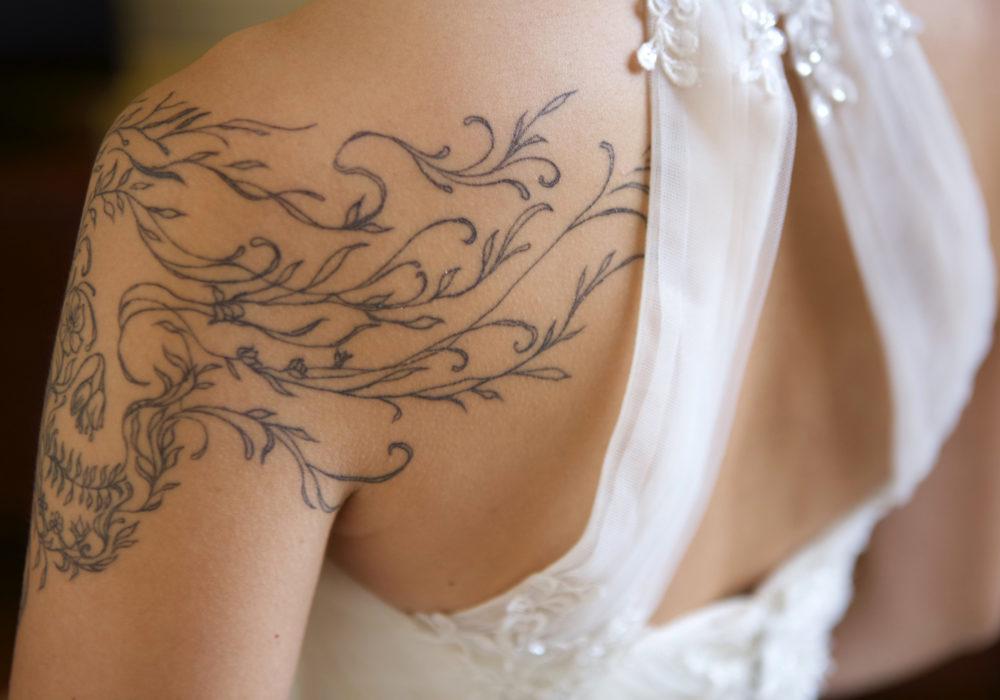 photographe-mariage-preparatifs-robe-mariee-ermenonville-60-montpellier-34