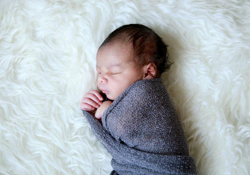 photographe-bebe-nouveaune-montpellier-beziers-nimes-narbonne