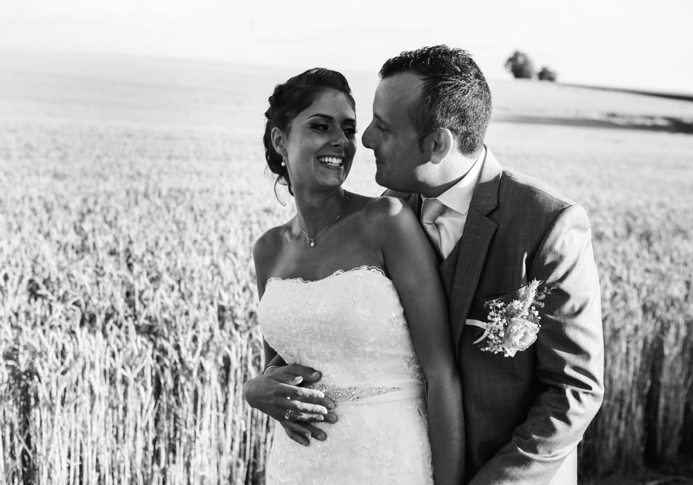 photographe-mariage-couple-maries-engagement-exterieur-nature-montpellier-nimes-occitanie